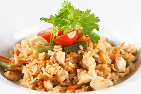 Рис с курицей и молодыми овощами