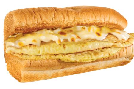 Сэндвич омлет и сыр