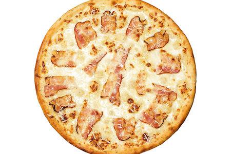 Пицца Карбонара пышная