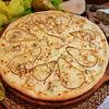 Фото к позиции меню Пицца Груша и сыр с голубой плесенью