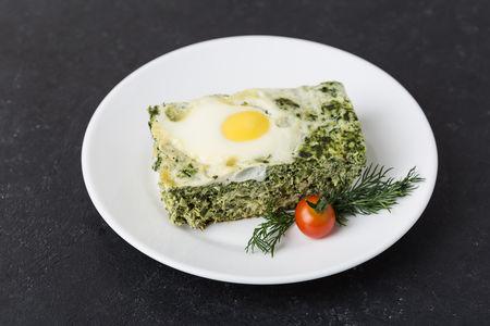 Шпинат с яйцом