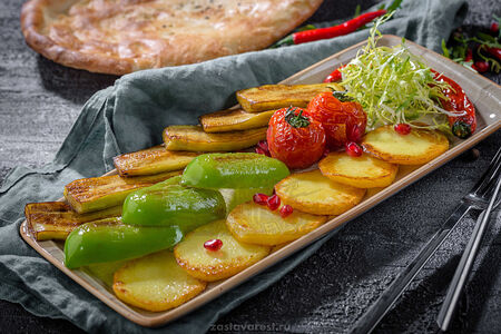 Овощи, жаренные по-бакински
