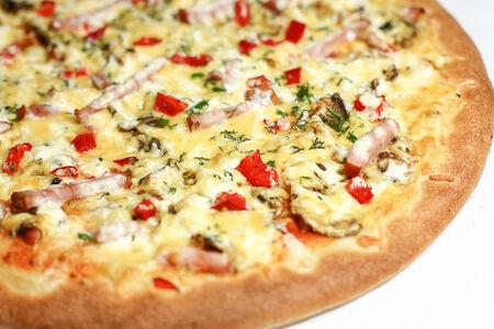 Пицца на толстом тесте Милано