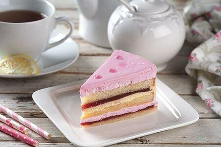 Торт с ягодной начинкой