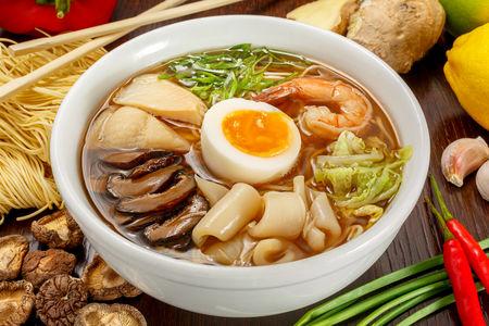 Суп Рамен с морепродуктами