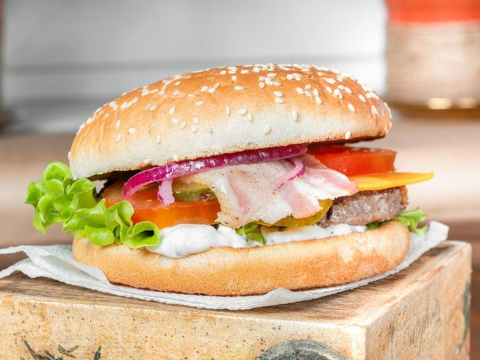 Бургер Классический с беконом