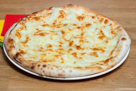 Пицца Груша и сыр