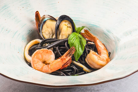 Паста Нерри с морепродуктами