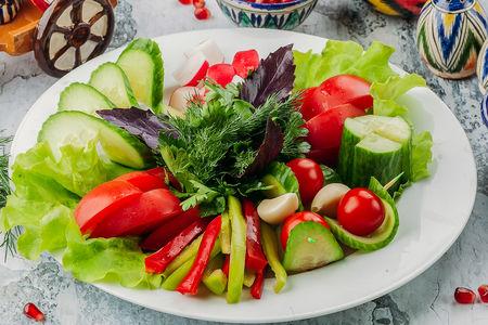 Садовая тарелка