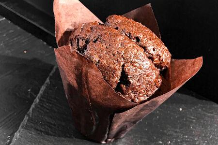 Маффин шоколадный с шоколадной крошкой
