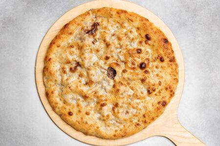 Пирог с мясом и осетинским сыром
