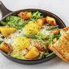 Фото к позиции меню Яичница с картофелем и шпинатом
