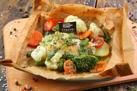 Карточчо из рыбы с картофелем и томатами
