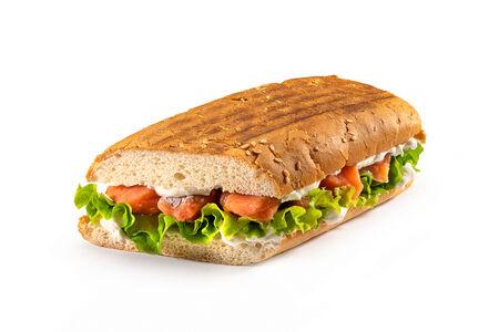 Сэндвич с красной рыбкой