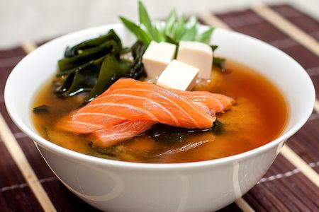 Суп Сливочный мисо с лососем