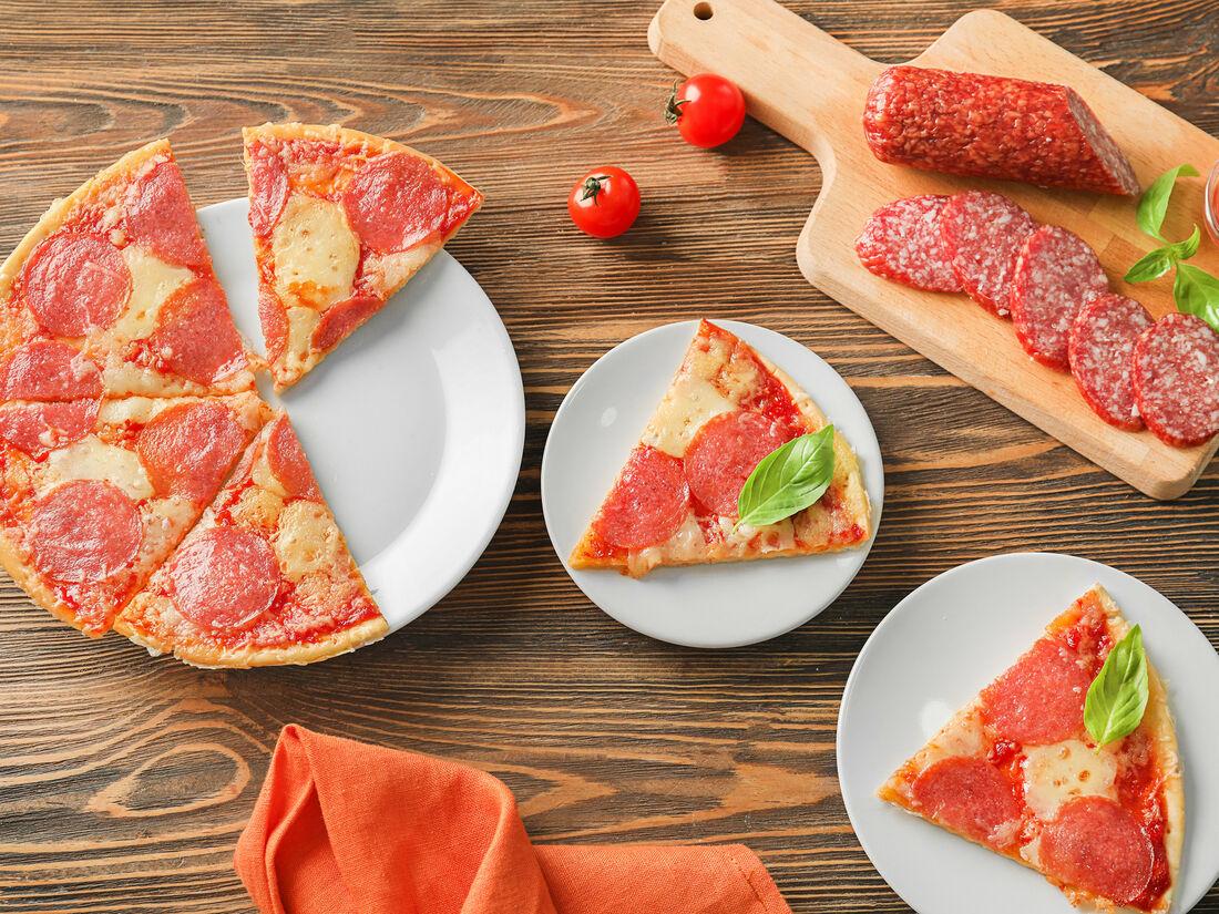 Pizza & Rolls