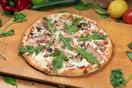 Пицца традиционная Прошутто