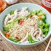 Фото к позиции меню Салат по-Вьетнамски с курицей