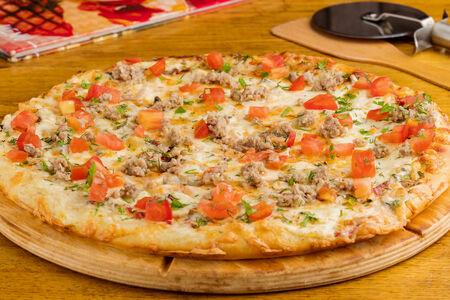 Пицца фирменная Камин