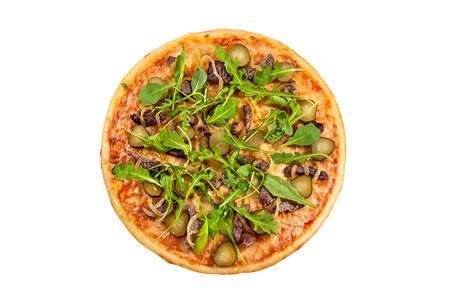 Пицца с рукколой и ростбифом