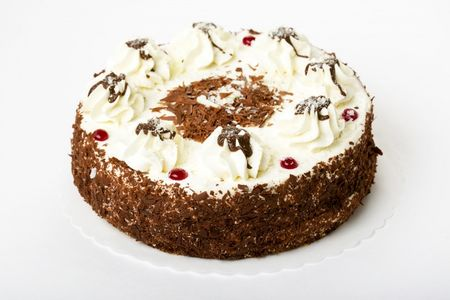 Торт Безе с клюквой и шоколадом