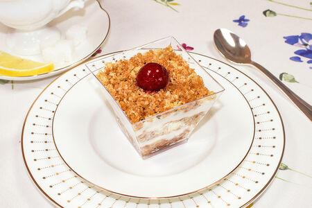 Десерт Варенька
