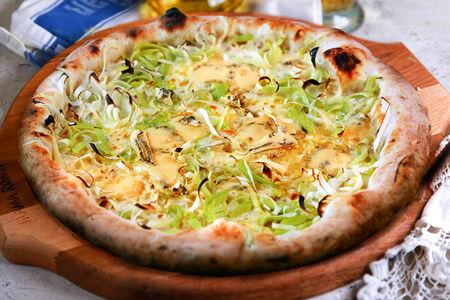 Пицца Бьянка с сыром горгонзола