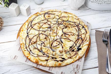Пицца Груша с горгонзолой