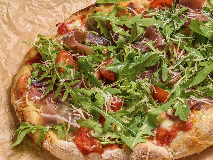 Пицца пино Парма с рукколой