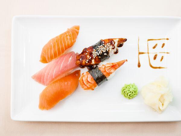 Тсуру японский ресторан