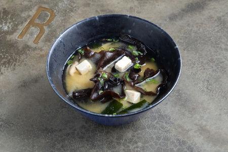 Суп Японский мисо с грибами и сыром тофу