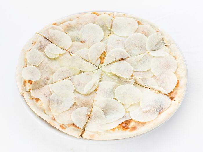 Пицца с грушей и сыром рокфорти