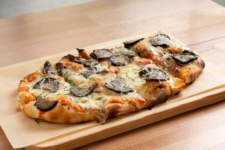 Пицца Баклажан и пармезан