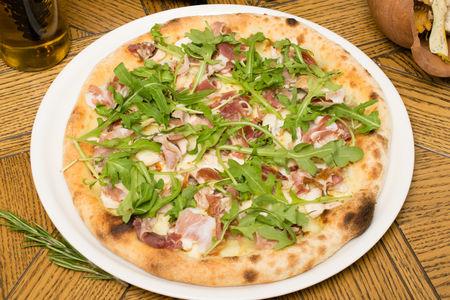 Пицца Прошутто и грибы