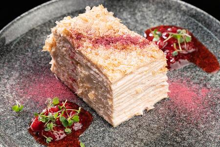 Торт Наполеон кусочек