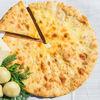 Фото к позиции меню Осетинский пирог с картошкой и сыром (1200 г)