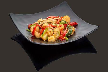 Курица по-тайски с овощами