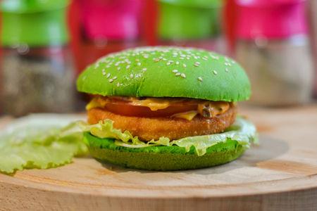 Бургер зеленый