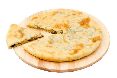 Осетинский пирог с картофелем, грибами и сыром