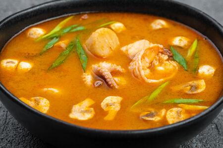 Суп Том Кунг