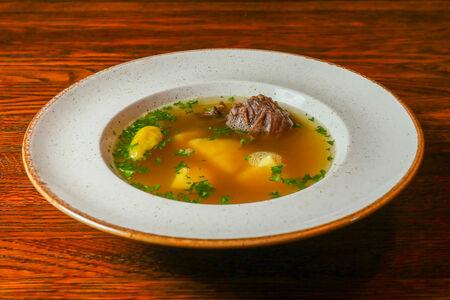 Крепкий суп из телятины