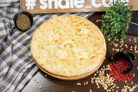 Пирог с зеленью и сыром