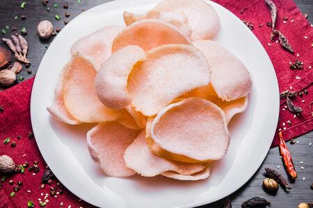 Креветочные чипсы