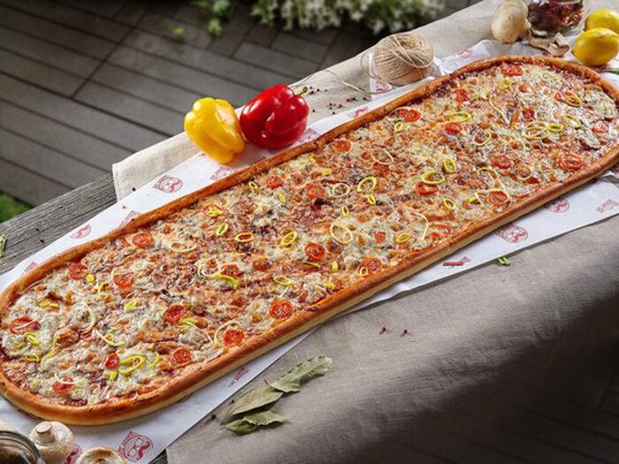 Метровая пицца Барбекю