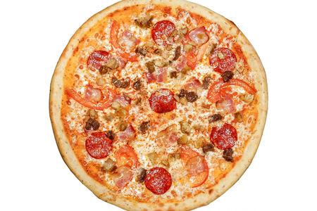 Пицца Мясной пир пышная
