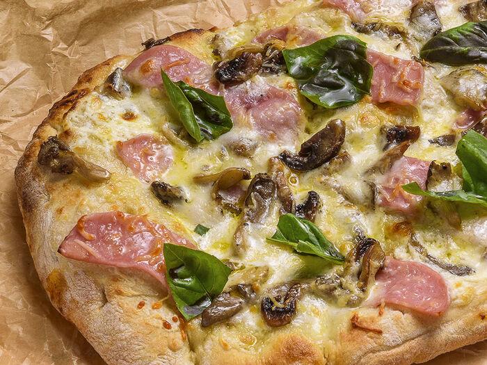 Пицца пино Прошутто фунги