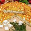 Фото к позиции меню Пирог с брынзой и зеленью