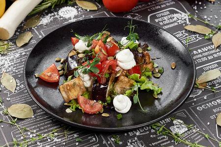 Салат с запечёнными баклажанами