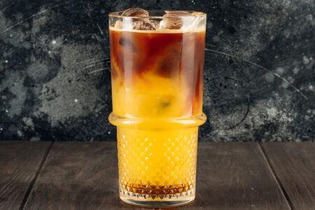 Холодный кофе апельсиновый с карамелью