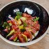 Фото к позиции меню Севиче из тунца и авокадо с трюфельным маслом